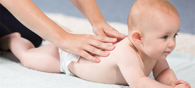 What Are the Health Benefits for Infant Massage?
