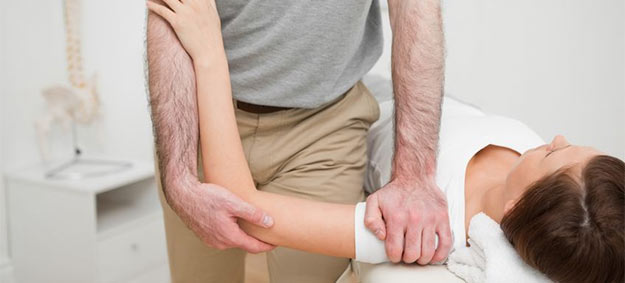 Can Osteopathy Help Treat Frozen Shoulder?