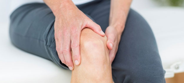 Recovering from Knee Replacement Surgery with Physiotherapy